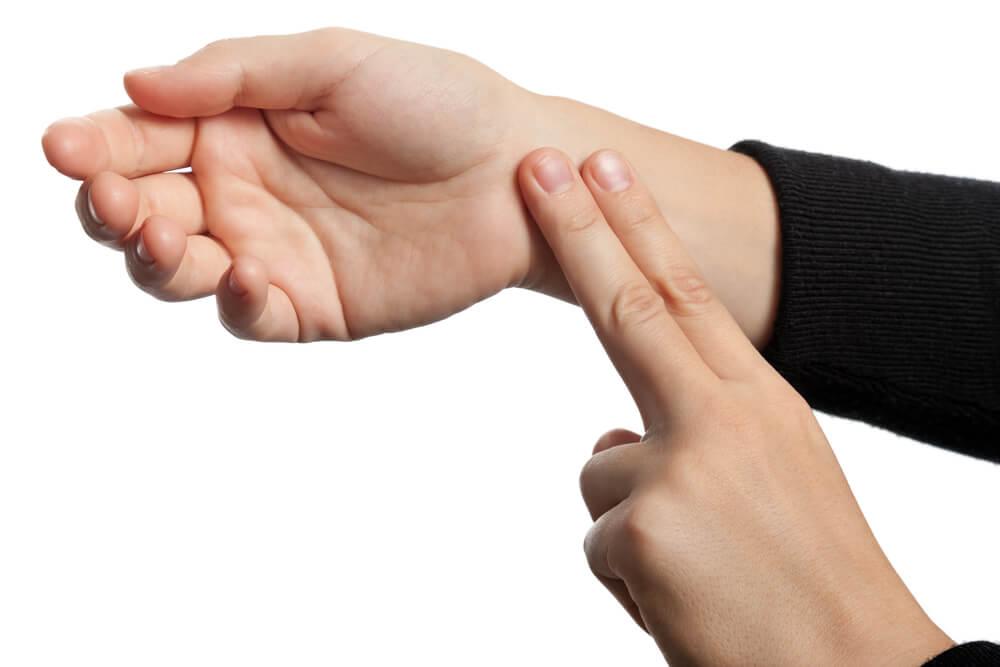 Mål hvilepuls med fingrene